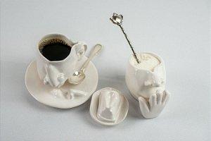 Conjunto de xícaras de café O Beijo (7 peças) - Silvana Tinelli