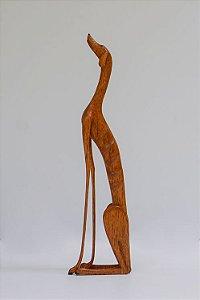 Escultura de madeira Cão sentado - Marcos Paulo Lau da costa