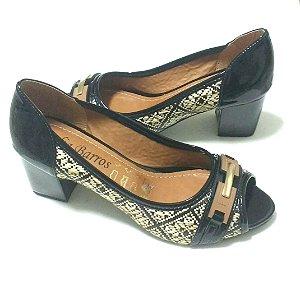 0ed7f2498e Sapato Peep Toe Luxo Preto Verniz Palha Confortável
