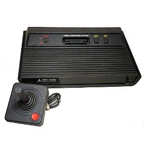 Console Atari 2600 com 2 Controles - Atari