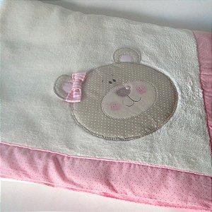 Cobertor Infantil com Aplicação de Ursinho Menina