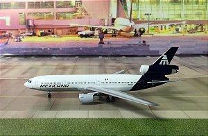 Aeroclassics 1:400 Mexicana Douglas DC-10-15