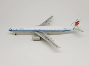 Phoenix 1:400 Air China Airbus A330-300