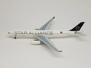 """Aeroclassics 1:400 Air Canada Airbus A330-300 """"Star Alliance"""""""