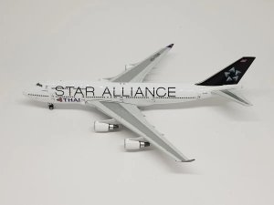 "Phoenix 1:400 Thai Boeing 747-400 ""Star Alliance"""