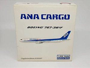 Phoenix 1:400 ANA Cargo Boeing 767-381F