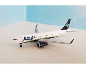 PRÉ-VENDA - Aeroclassics 1:400 Azul Airbus A320neo