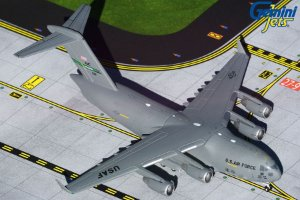 "Gemini Jets 1:400 United States Air Force Boeing C-17 Globemaster III ""McChord AFB"""