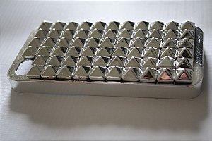 Capa iPhone 4 Spikes Quadrados Prata