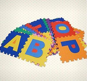 Tapete E.V.A Alfabeto 26 Peças 8MM Brinque Feliz - 755