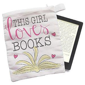 Capinha - This Girl loves Books