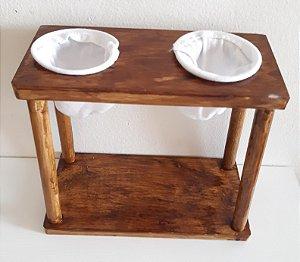 Coador de café duplo de madeira