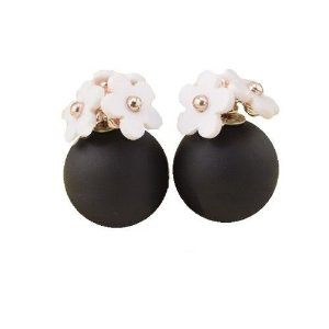 Brinco Elegancia Chanell com Perolas Brancas ou Pretas