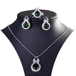 Conjunto Trio  Elegancia Esmeralda em Prata 925  Colar Brincos e Anel com pedra Zirconia Esmeralda Coleção Joias da Princesa