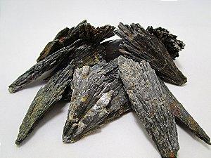 Cianita Negra (Vassoura-de-Bruxa)