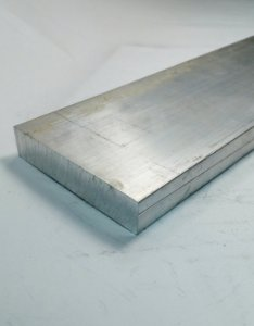 "Barra Chata Aluminio 3"" X 5/8"" ( 7,62cm X 1,58cm)"