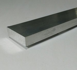 "Barra Chata Aluminio 2"" X 5/8"" ( 5,08cm X 1,58cm)"