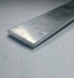 "Barra Chata de Aluminio 3"" X 1/4"" (7,62cm X 6,35mm)"