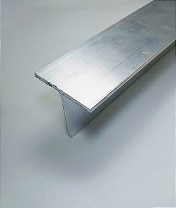 "Perfil ""T"" aluminio com abas iguais 2"" x 1/8"" (5,08cm x 3,17mm)"