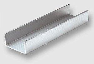 Perfil U de aluminio com abas desiguais 1 x 2 x 1 x 1,58mm