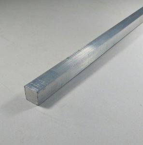 """Vergalhão quadrado de aluminio 1/2"""" (12,70mm)"""