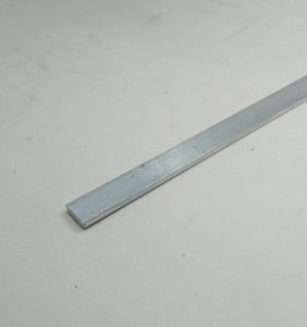"Barra chata de aluminio 1/2"" X 1/8"" (1,27cm x 3,17mm)"