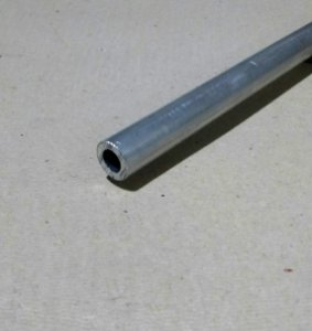 "Tubo Redondo de Aluminio 3/4"" X 1/8"" (1,9cm X 3,17mm)"