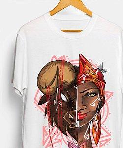 Camiseta - Oyá, rainha dos búfalos e borboletas
