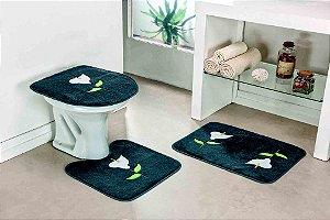 Jogo de Banheiro Bordado 3 Peças Antiderrapante Copo de Leite Cinza