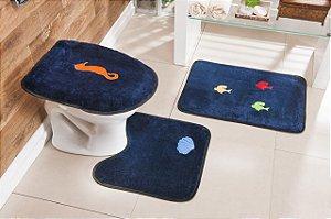 Jogo de Banheiro Bordado 3 Peças Antiderrapante Fundo Mar Azul Marinho
