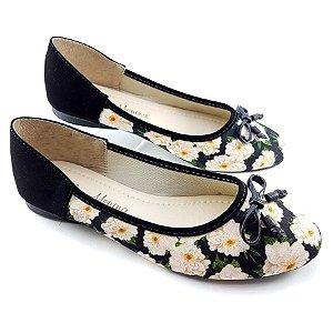 Sapatilha Preta Nobuck Flores Brancas e Laço Preto - E44-0887