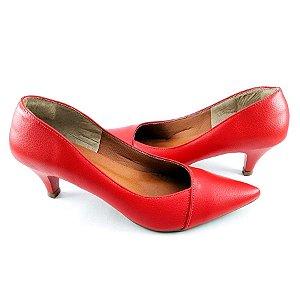Scarpin em Verniz Vermelho Salto Fino com 5cm - E45-214
