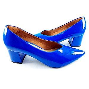 Scarpin em Verniz Azul Bic Salto Bloco com 5cm - C24-215