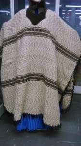 Poncho de lã (G)