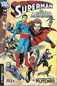 Gibi Dc - 76 Superman e a Legião dos Super-heróis - Lutando pelo Futuro Autor Geoff Jhons & Gary Frank (2009) [usado]