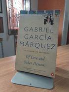 Livro Of Love And Other Demons Autor Gabriel Garcia Marquez (1995) [usado]