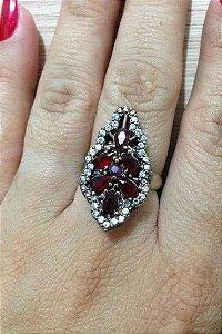 Anel Navete Trabalhado com pedra vermelha - Prata Turca