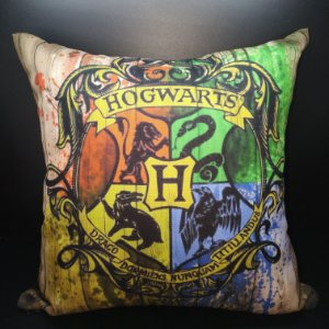 Almofada Hogwarts - Harry Potter