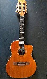 Cavaco Eletro-Acústico Luthier Amorim com Cutaway