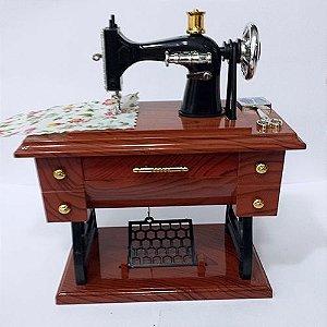 Maquina de Costura - Caixinha de Musica