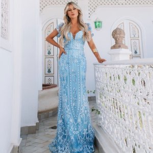Vestido Longo em Renda bordada Azul Serenity