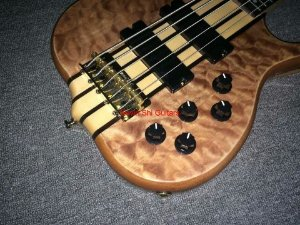 C.Baixo 5 cordas bass Ken Smith