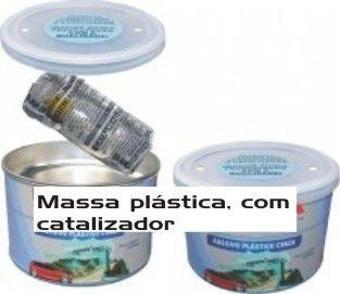 Massa plástica com catalizador