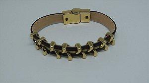 Bracelete de couro e metais dourados