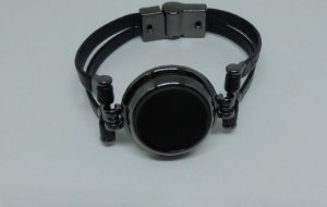 Bracelete de couro e metal grafite e preto