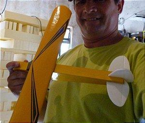 Aeromodelo piper cub Amarelo que voa até 60 metros
