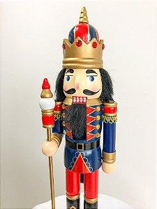 Boneco Quebra Nozes azul com coroa e escudo - 40 cm