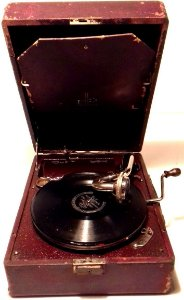 Gramofone antigo Paillard Gramofola Vitrola - Relíquia