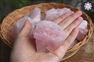 Quartzo Rosa Bruto (de 200g a 240g) | Cristal para o Amor e Cura Emocional