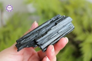 Turmalina Negra Bruta 97g | Pedra de Proteção e Purificação!